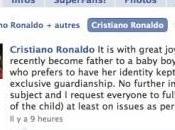 Cristiano Ronaldo annonce Facebook qu'il devient Papa.