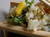 Salade très fraîche mangue coriandre menthe pour déjeuners l'été