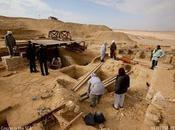 Egypte: découverte tombes avec fausses portes couleurs préservées