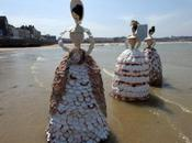 femmes-coquillages (The Shell Ladies) d'Ann Carrington Margate (Kent)