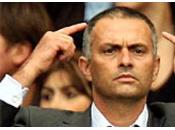 José Mourinho tacle Arsène Wenger