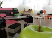 Construire meubles base Légos surdimensionnés Lunablock