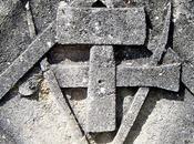 tombe d'un tailleur pierre Grignan (26)