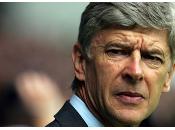 Arsène Wenger félicite Shakhtar Donetsk.