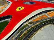 Ferrari World parc d'attraction vous pousse km/h