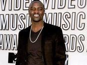 Justin Bieber Bientôt avec Akon