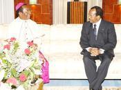 L'archevêque Yaoundé palais l'Unité