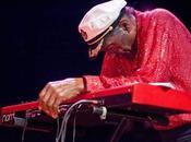 Chuck Berry victime d'un malaise scène