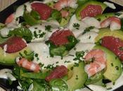 Petite salade mâche crevettes, avocat pamplemousse