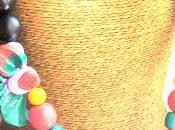 Collier fleur graines tropicales