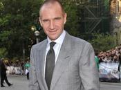 James Bond Finalement Ralph Fiennes dans rôle méchant