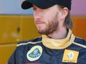 Nick Heidfeld débute chez Lotus Renault