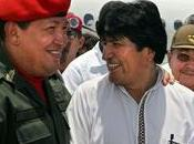 Hugo Chavez apporte soutien Kadhafi