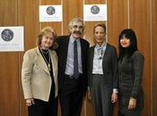 Handicap International reçoit prix humanitaire Conrad Hilton 2011