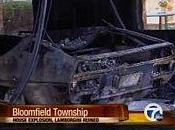 Lamborghini Espada explose détruit maison