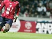 Arsenal Gervinho dans viseur