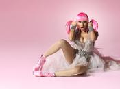Nicki Minaj poursuit opération séduction avec vidéo Super Bass