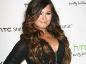 Demi Lovato entre studio avec Timbaland mais annonce être encore loin guérison