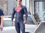 Steel costume Superman détaille
