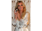 Britney nous parle Cosmic Radiance