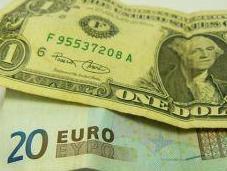 Dollar devise impériale l'aile