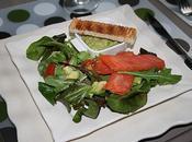Salade truite fumee variation d'avocat