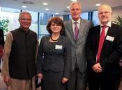 Yunus prône social business devant Commission européenne