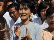 Aung entre campagne. Objectif: parlement birman avril.