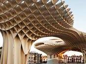 parasol urbain devient plus large structure bois monde Séville Espagne