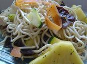 asiatique (poulet, nouilles, soja, ananas, courgette carotte)