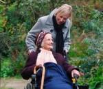 maintien domicile personnes âgées perpétuel mouvement