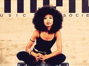 Esperanza Spalding dévoile Black Gold premier single nouvel album avec Algebra Blesset