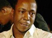 Bobby Brown banni funérailles Whitney