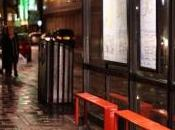 Soirée djeuns, comment London Prince profitent fond nightlife londonienne pantoufles)