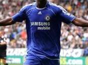 Chelsea prend option