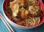 Saute poulet petits legumes nouilles chinoises