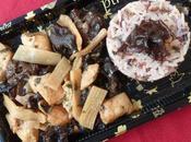 Blancs poulet champignons noirs, pousses bambou sauce soja