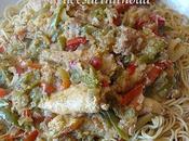 Poulet sauté, légumes nouilles chinoises