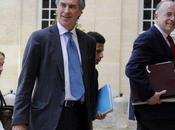 """Impôts France: """"bouclier fiscal"""" Nicolas Sarkozy annulé"""