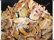 Pâtes courgettes, champignons lardons Pasta calabacines, champiñones bacón