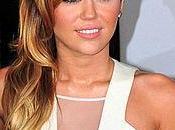 Photo Miley Cyrus toute dans baignoire