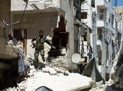 Alep (Syrie) terroristes, encerclés, prennent civils comme boucliers humains