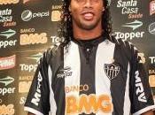 Ronaldinho Très content pour