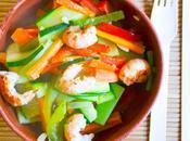 Crevettes sautées légumes croquants façon