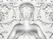 "compilation ""Cruel Summer"" domine charts"