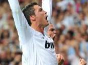 Cristiano Ronaldo premier sportif passer barre millions like