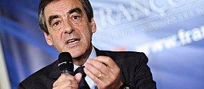 François Fillon s'engage abroger heures