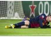 Lionel Messi quitte partie civière