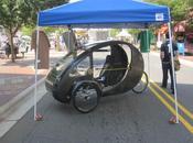 véhicule écolo entre voiture bicyclette