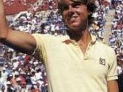 joueur tennis Stefan Edberg arbitre ligne avec service